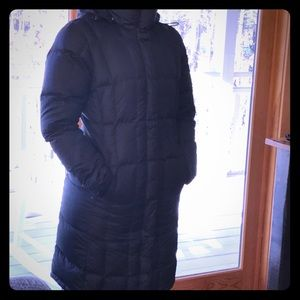 The North Face Medium length puffer w/hood. Small